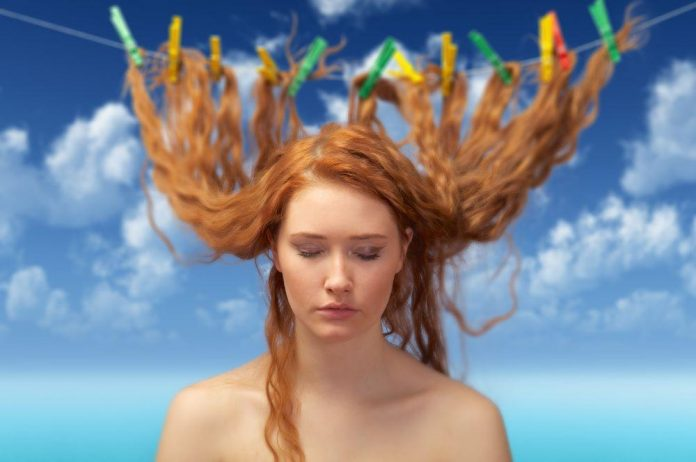 ¿cómo detectar que tu cabello está bañado?