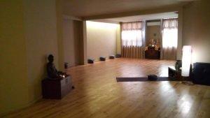 zendo-sala-de-yoga-meditacion-reiki-y-taichi