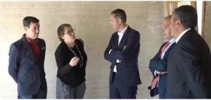 Emilio Guillén (Gerente de Endemic Biotech), Pilar Valero (representante BIOCE), Isidro Monzó (Alcalde de Salinas), César Sánchez (Presidente de la Diputación de Alicante), Pascual Azorín (Diputado provincial)