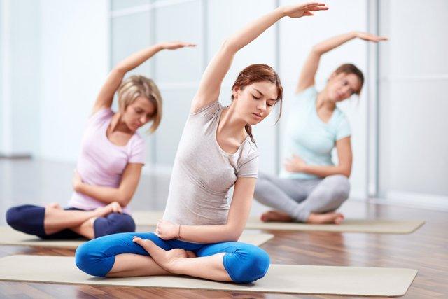 yoga_mujeres