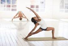 cuanto esforzarse en la práctica de yoga